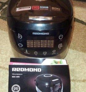 Мультиварка Redmond RMC - M90