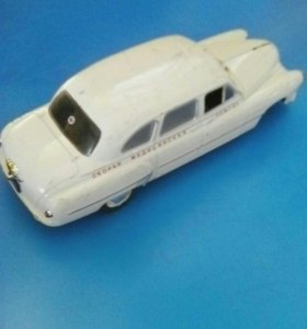 Коллекционная модель автомобиля ЗИМ-12А