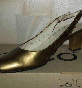 Туфли кожаные,размер 38,5