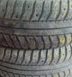 2 шины 195/65/15зима без шипов бескамерки