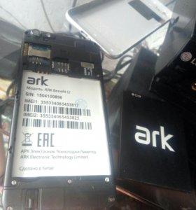 Телефон ARK Benefit 12