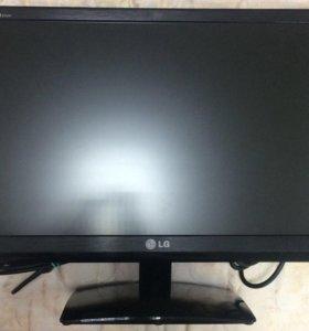 Монитор LG E2241T