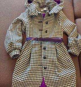 Пальто для девочки 128-134