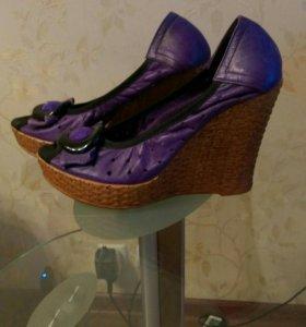 Женские туфли - НОВЫЕ - 37 размер
