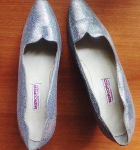 Вечерние итальянские туфли (39 размер)