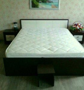 Кровать+2 тумбы