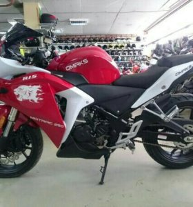 Мотоцикл 250сс Omaks MOTRAC R15