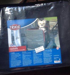 Автомобильная сумка-подстилка Трикси (новая)