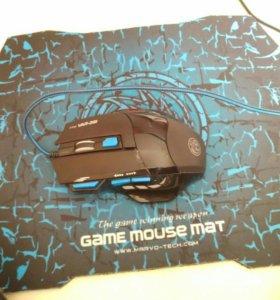 Мышь игровая с ковриком