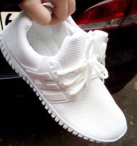 Женские новые кроссовки