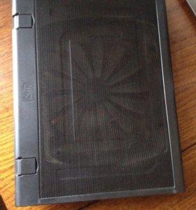 Подставка под ноутбук, с охлаждением