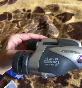 Бинокль Olympus 10–30x25 Zoom PC I