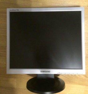 Монитор Samsung 720N (17 дюймов)
