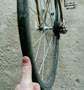 Спортивный гоночный велосипед