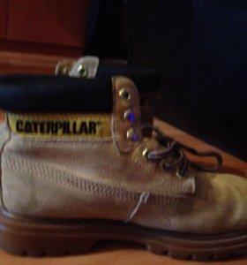 Продам кожаные ботинки Caterpillar