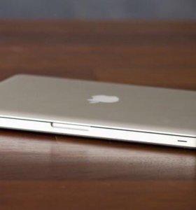 Apple Macbook pro 2011 года i7