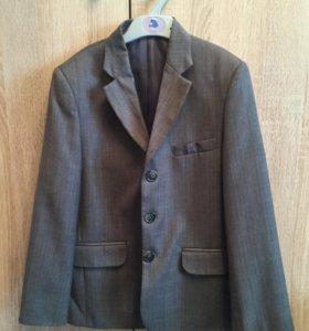 Пиджак для мальчика (134)