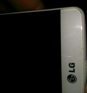 Продам LG G3 S за 7 000т.р ,памят 8гб, флэшка 16