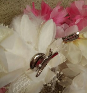 На свадьбу или девичник банты, заколки, салфетки