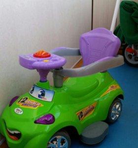 Машинка Каталка с ручкой для родителей