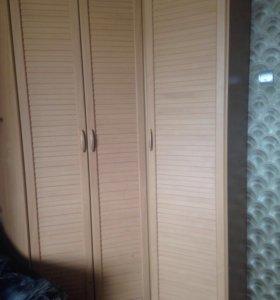 Много мебели , комплект шкафа/кровати/полки+🎁