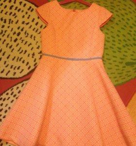 Нарядно платье для девочки