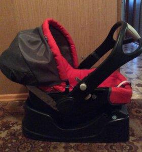 Автомобильное кресло-переноска от 0-13 кг Chicco