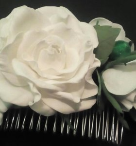 """Гребень для волос """"Белые розы"""". Ручная работа"""