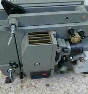Кинопроектор радуга