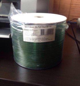 Комплект из новых чистых CD-R дисков - 65 шт.