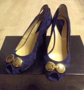 Новые туфли Carvela
