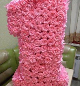 цифра1из гофрированой бумаги(розы)