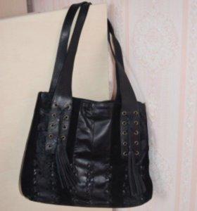 Чёрная кожаная сумка с замшевыми вставками