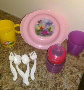 Поильник Авент + посуда для детского прикорма