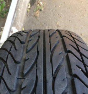 225/35/R19 Dunlop leman