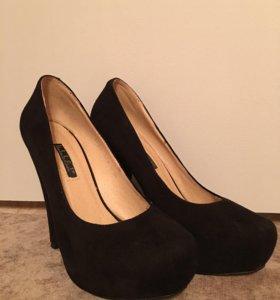 Замшевые туфли 37р