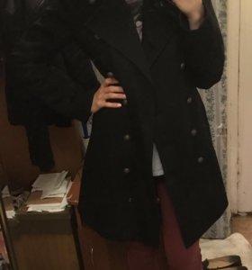 Пальто демисезонное черное