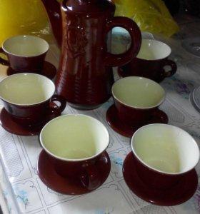 Кувшин и чашки