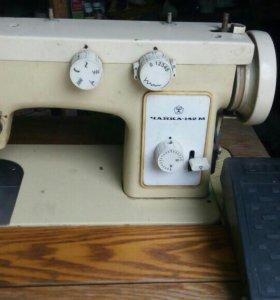 """Швейная машинка """"Чайка 142-М"""""""