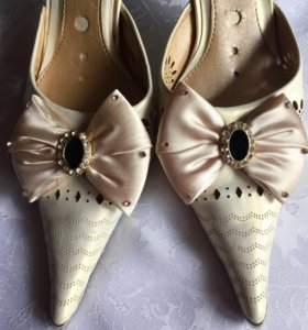 Туфли- босоножки р.35