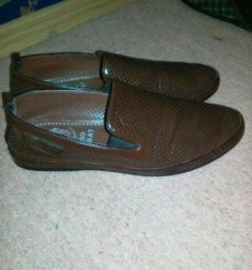 Мужские туфли, мягкие.