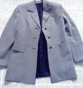 Новый костюм Турция р 46