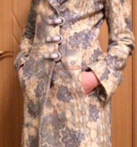 Пальто женскок