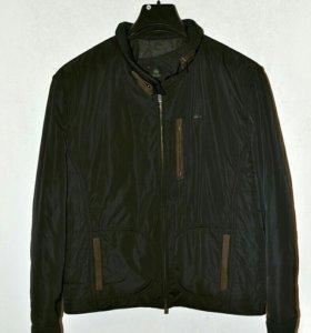 Куртка новая Lacoste