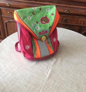 Школьный портфель для девочки (немецкий)