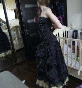 Платье бальное чёрное