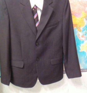 Костюм  новый школьный  пиджак рост 152