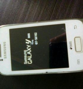 Смартфон Samsung Galaxy Y Duos GT S6102