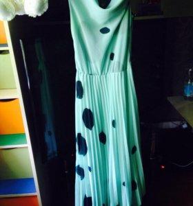 Платье одето 1 раз,брала за 3500