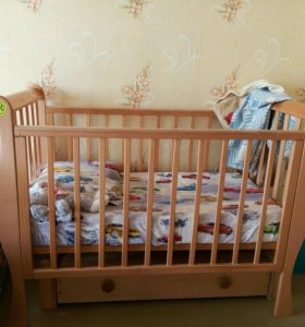 Кроватка с ортопедическим матрацем
